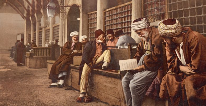 تشابه عقائد ومناهج الأديان والمذاهب المنحرفة